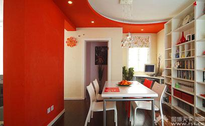 红色地板搭配窗帘图片暗红色地板绿色窗帘图片3