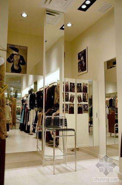 服装店室内装修设计要现代时尚