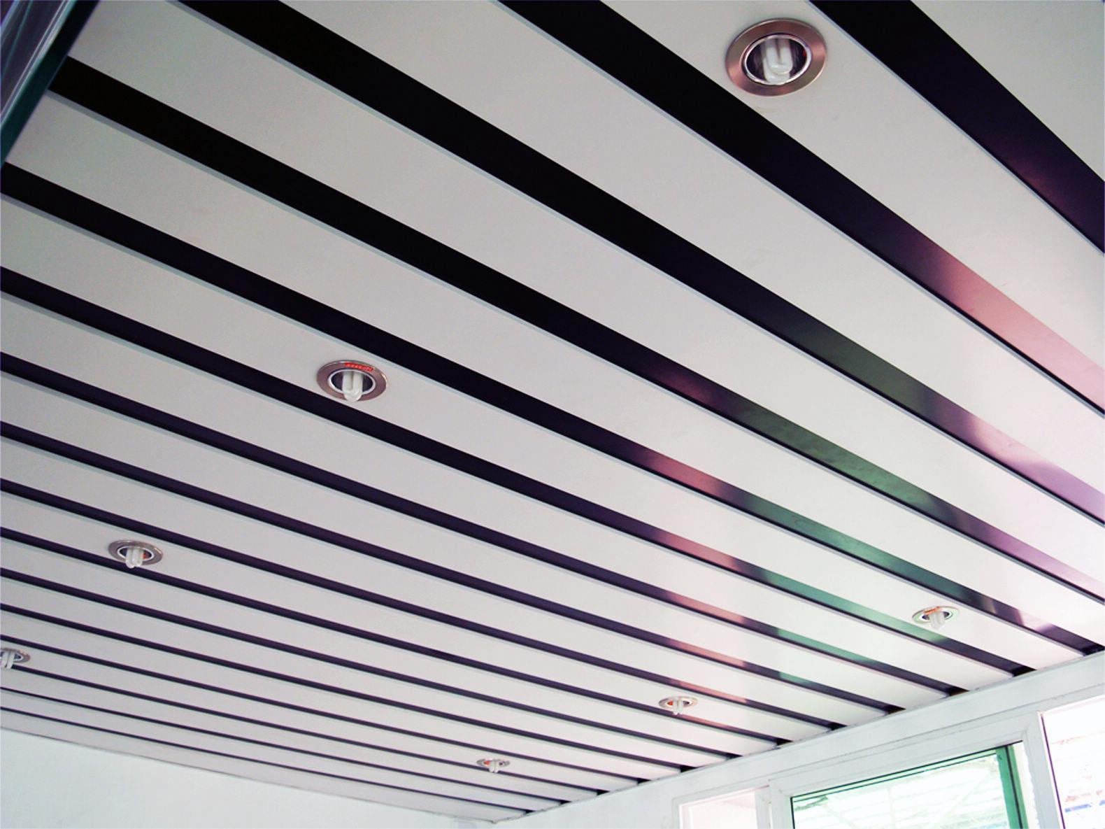 主要有:轻钢龙骨石膏板天花,石膏板天花,夹板天花,异形长条铝扣板天花图片
