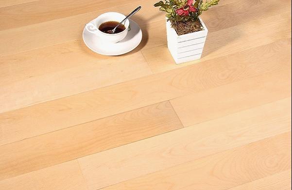 竹木地板的选购技巧与保养方法