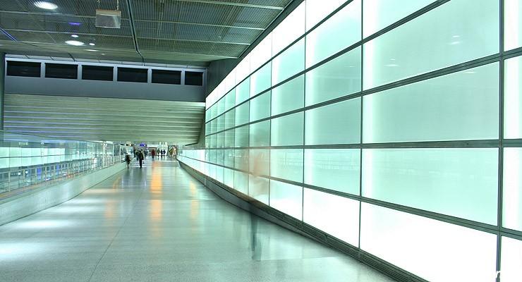 上海欧式建筑室内彩色玻璃照片