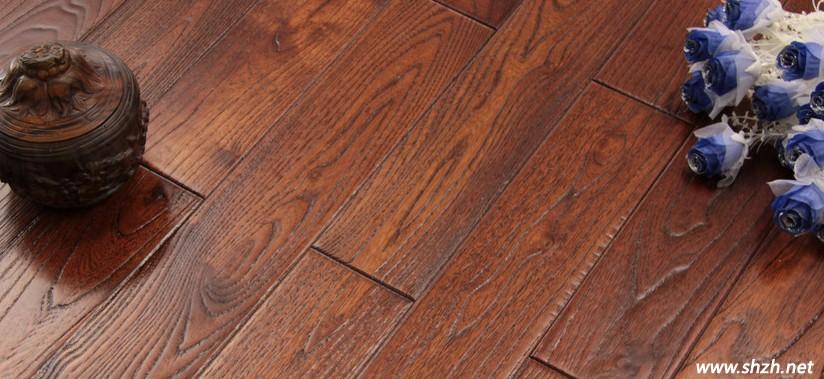 选购实木地板怎样防止被印花地板欺骗