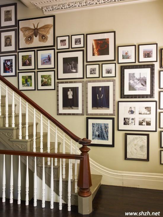家居走廊背景墙装饰 照片墙与手绘墙是上选