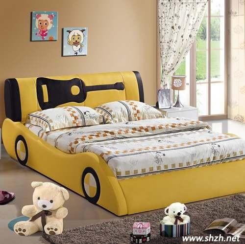 暖黄色儿童房设计