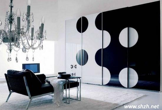 色彩搭配比例决定家居气质 黑白灰与黑白金成永恒经典