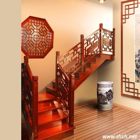 当下大多数的中式风格楼梯均采用实木栏杆和实木踏板