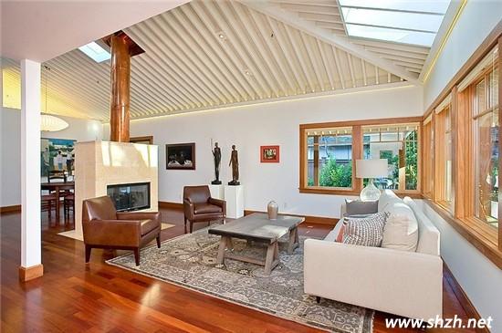 欧式客厅地板砖镶边